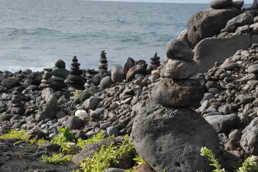 The coast by the Playa Jardin - people seem to like making cairns with the pebbles