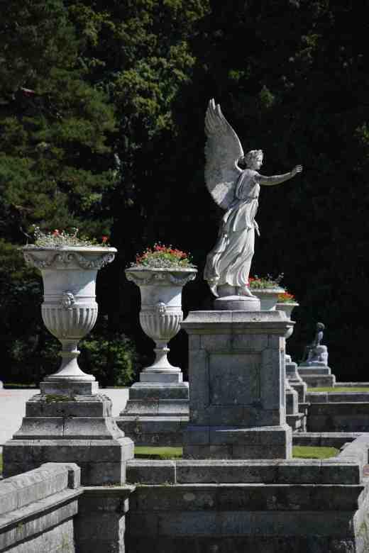 statue2 powerscourt