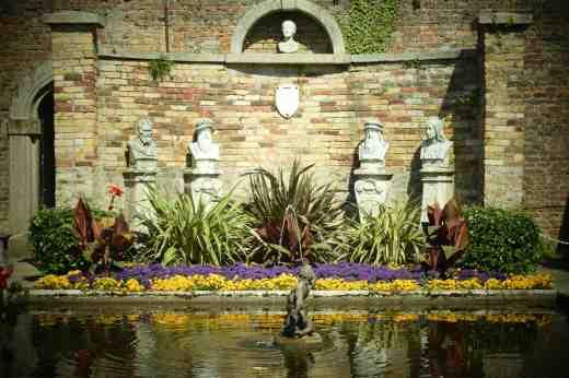 walled garden pond powerscourt