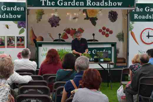 Steve Ott is the Editor of Kitchen Garden. The three of us go back a long way and get on so well.  Like Steve I was once on Garden News. Steve gave a talk on growing veg in containers