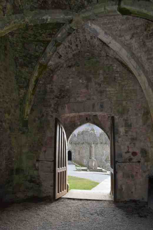 rock of cashel 111