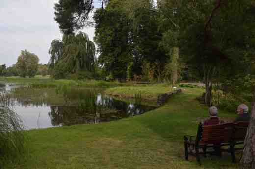 The garden is in the style of a 'pleasure grounds' with a naturalistic landscape with lakes, rivers and many tree-lined walks. The place is enormous and you need many hours to even start to do justice to it